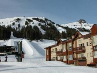Mountain Club at Kirkwood - Ski In/Ski Out 1 Bedroom + Loft #327-329 ~ RA1463