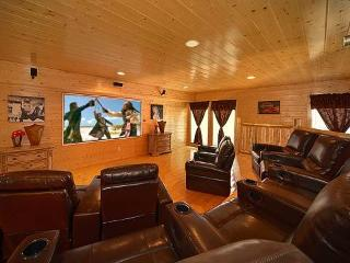 Home Theater Lodge, Pigeon Forge