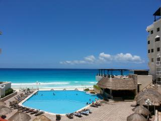 Cancun Plaza Condominium
