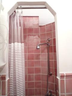 Refreshing shower in en-suite master bedroom