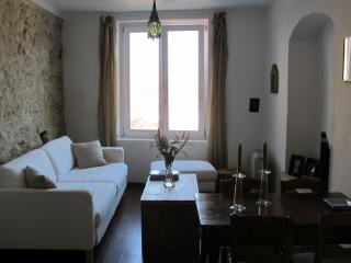 Apartamento con encanto, Tarifa