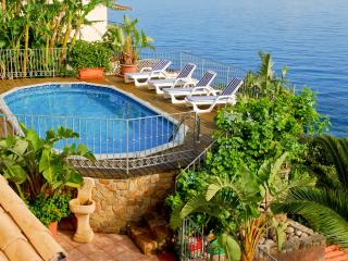 Villa Mara, private pool and spectacular sea views
