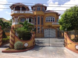 Cazwin Villas, Montego Bay