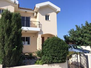 Front view of Villa Lauroli