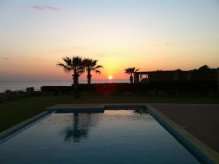 SUNSET VILLA   LUXURY PRIVATE  VILLA  SEA FRONT, Cephalonia