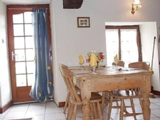 Near Mont St Michel LA LUNE cosy character cottage with all the comforts of home