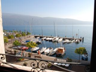Saint Loe Lake Garda, Gargnano