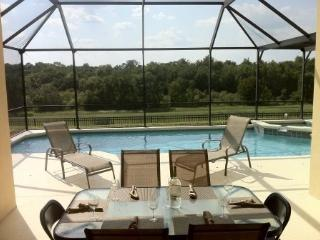 Windsor Palms 6 Bedroom 3.5 Bath Pool home 3 miles from Disney. 8131SPW, Orlando