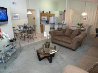 4 Bed 2 Bath Pool Home at The Manors, Westridge near Disney. 129GL, Kissimmee