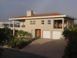 Sondel Beach House located 160 meters from the pristine Robberg Beach, Plettenberg Bay