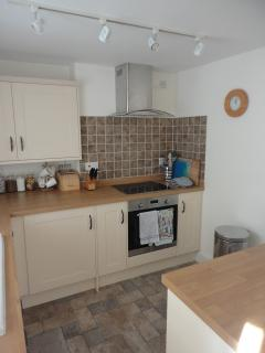 New and fully equipped kitchen