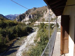Alloggio con vista sulla Valle, San Damiano Macra
