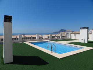 Apartment with swimming pool., Altea