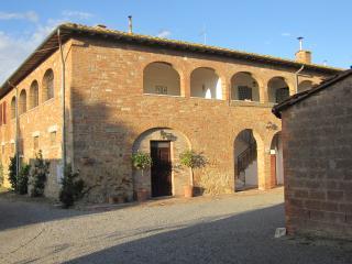 Spacious Tuscan House, Asciano