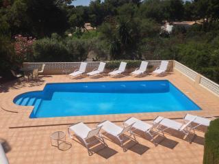 Villa Ruby(heated pool)