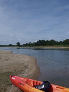 Canoeing on La Loire at Brehemont