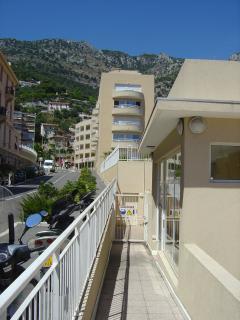 The Apartment Buiding - Les Jardins D'Elisa
