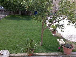 OTRANTO bilocale EBE con giardino