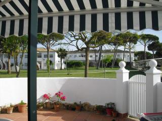 Apartamento planta baja con patio  pinar del atlántico