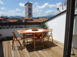 Lucca penthouse apartment