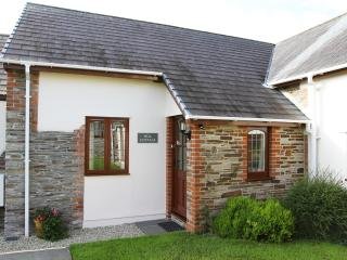 Approach this 4star Gold Award cottage through its pretty entrance porch