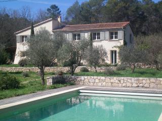 Très belle maison à Valbonne