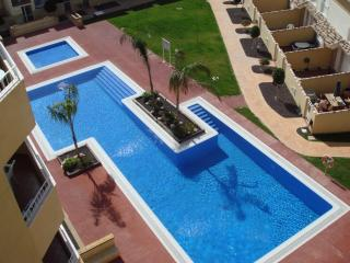 2 Bed Penthouse Apartment Residencial Albatros