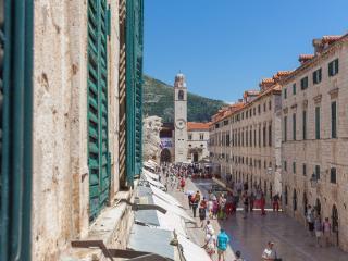 Petra Stradun Dubrovnik