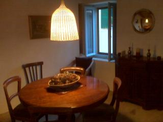 Dining room - will accommodate 6 diners