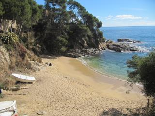 Perfect location,quiet green place , Platja d'Aro Cala Rovira