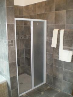 Large ensuite shower in master bedroom