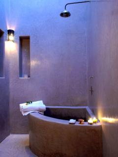 salle de bains sous sky-dôme chambre Bahia