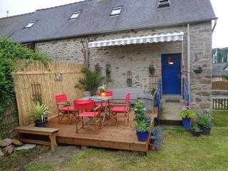 Coot corner, stunning riverside cottage