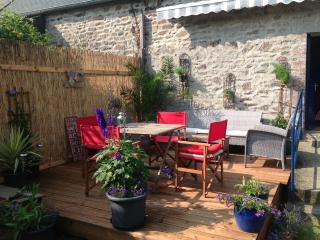 paradise in Brittany ...  With a river on the doorstep  Decking area overlookng pretty garden