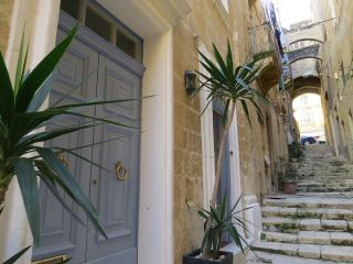 SallyPort City Pads, Valletta