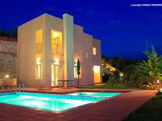 3 Bedroom Luxury Villa, Chania
