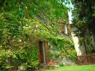 Charming Versilia Cottage, Camaiore