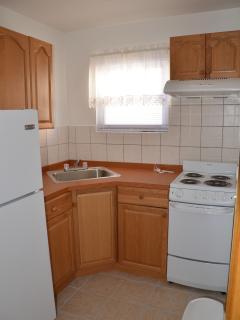 Ermolaos Hillside Villa #12 has a ground floor equipped kitchen & bath.