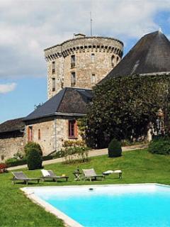 Chateau Flacelliere Pavilion