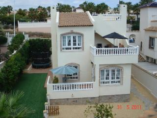 Villa Aguilla - Beautiful Luxury Detached 4/5 Beds, Villamartin