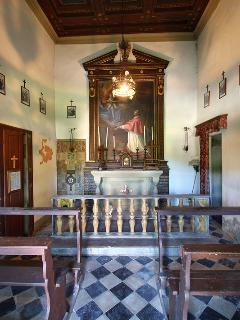 Chapel to visit in the structure
