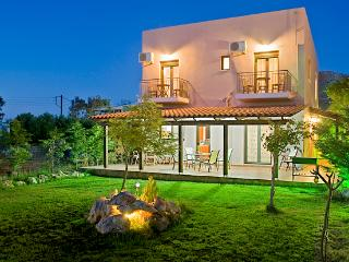 Holiday villa near the Beach, Chania