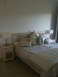 Main bedroom with kingsize bed, tv and telephone points available