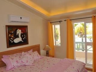 Bedroom villa C