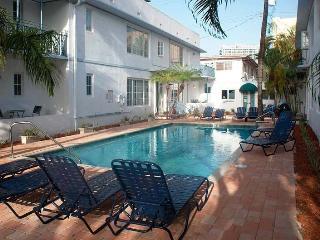 All Sept$590/wk★Heart of SthBeach,10minWalk2beach, Miami Beach