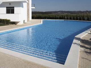 The welcoming swimming pool
