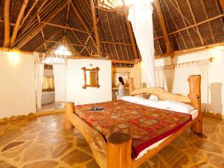 Swahili Villa, Tiwi
