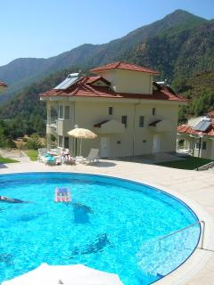 2 large clean outdoor pools with adj. child pool & poolside showers,  24hr free access on doorst