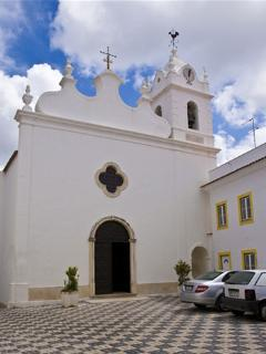 Church in Sao Martinho old town
