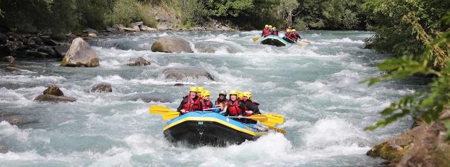 white water rafting on the Isere, 20 minutes from Chalet Burgin.